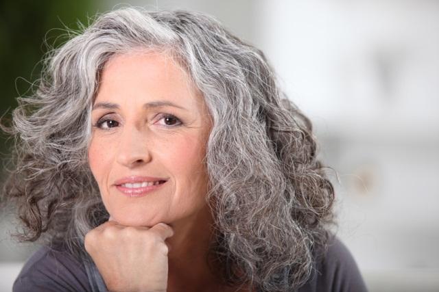 mujer feliz menopausia 2